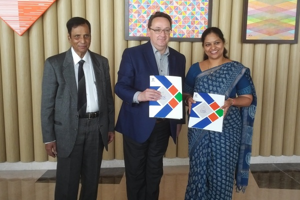 Tourism and Hospitality Skills Council and Tourism HR Canada Sign MOU